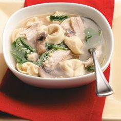 Chicken & Spinach Tortellini Soup Recipe The boys love this! I leave out the mushrooms because Ryan doesn't like them. Usually make without chicken unless I have it on hand. Spinach Tortellini Soup, Chicken Tortellini Soup, Tortellini Crockpot, Soup Recipes, Salad Recipes, Chicken Recipes, Cooking Recipes, Budget Cooking, Fast Dinners