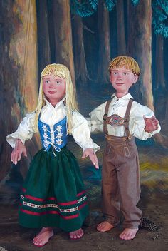 """Hansel and Gretel"" by Tanglewood Marionettes  will be at Puppet Showplace Theater June 6th and 7th"