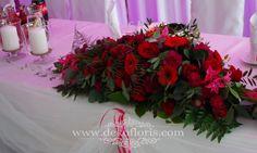 Dekoracje i bukiety ślubne - opolskie: Czerwona dekoracja kwiatowa sali weselnej Kopice opolskie