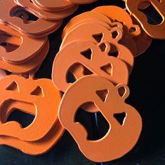 Halloween Jack O Lantern bottle openers! Cnc Plasma, Plasma Cutting, Halloween Jack, Halloween Pumpkins, Copper Highlights, Viking Runes, Bottle Openers, Jack O, Design Process