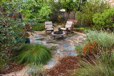 Path leading to backyard permeable patio with firepit and chairs with well mulched California native plants, Heath-Delaney garden California Native Landscape, California Backyard, Backyard Plants, Backyard Patio, Backyard Ideas, Landscape Designs, Fire Pit Backyard, Front Yard Landscaping, Landscaping Ideas