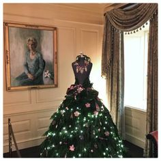 A dress mannequin in the shape of a Christmas tree in the Vermeil Room at the White House.