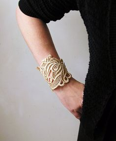 lace bracelet cuff LORRAINE ivory FALL floral por whiteowl