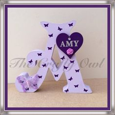 Painting Wooden Letters, Monogram Letters, Wooden Initials, Frozen Elsa And Anna, Name Art, Mickey Minnie Mouse, Button Crafts, Diy Gifts, Gift Tags