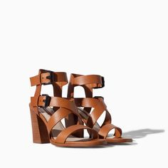 Image 4 of LEATHER SANDAL WITH BLOCK HEEL AND WIDE STRAPS from Zara