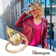 Parmak uçlarından başlayarak ruhuna uzanan zarafet! Altın takıları tercih etmek, kendine değer vermek demek… Şimdi sepette %15 indirimlerle sizleri bekliyor. #zarafetinkaynağı #altınyüzükmodelleri Red Leather, Leather Jacket, Jackets, Fashion, Studded Leather Jacket, Down Jackets, Moda, Leather Jackets, Fashion Styles