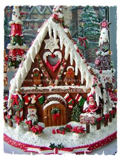 Christmas Crafts For Gifts, Christmas Treats, All Things Christmas, Christmas Home, Christmas Cookies, Christmas Decorations, Gingerbread House Candy, Gingerbread Village, New Year's Food