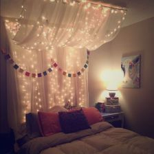 60 Amazing Canopy Bed With Sparkling Lights Decor Ideas