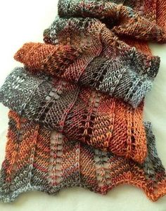 """FREE """"Favorite Pattern Ever"""" - Chevron Lace Knitting Pattern by Lisa Bruce -- site includes download link to www.ravelry.com/... -- If you are not a member of the Ravelry community, you will have to create a free login."""