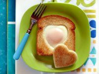 Cookie Cutter Toad-In-The-Hole egg and whole wheat bread breakfast Home Recipes & More Health & Nutrition Egg Facts Kids & Family Wake Up to Eggs Recipes & More Recipes Recetas en Español Egg In A Hole, Toad In The Hole, Incredible Eggs, Incredible Edibles, No Egg Cookies, Cookies Et Biscuits, Egg Recipes, Cooking Recipes, Cooking Eggs