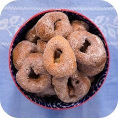 receita-donuts-brasileiro-rosquinha-polvilho-ickfd-detalhe