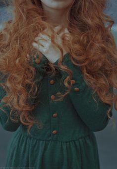 no title by Marta Bevacqua on Merida. Princess Aesthetic, Character Aesthetic, Marta Bevacqua, Costume Noir, Rides Front, Look Vintage, Ginger Hair, Hair Goals, Red Hair