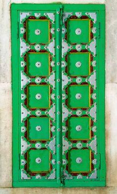 Jodhpur, Rajasthan, India The Doors, Types Of Doors, Windows And Doors, Asian Windows, Repetition Art, When One Door Closes, Door Gate, Green Theme, Unique Doors