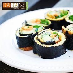 Si bien nos encanta un close up fotográfico un face to face a la hora de deleitarse es lo que nos motiva que esperas?  #tataki #sushi #latrinidad #caracas #foodporn #sushitime #sushilovers #Venezuela #foodie by tatakimarket
