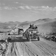 MPOWER/// A Chevrolet FAT (Field Artillery Tractor) towing a leads a column of other vehicles on a road during the Army's approach to Azizia, south of Tripoli, 27 January Moab Jeep, Royal Horse Artillery, Afrika Corps, North African Campaign, Quad, British Army, British Tanks, Armored Fighting Vehicle, Army Vehicles