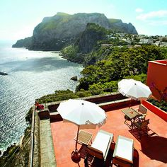 Caprese salad and Limoncello liqueur, anyone? Head to Capri, Italy for la dolce vita.