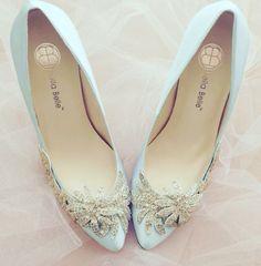 Zapatos de novia en verde agua