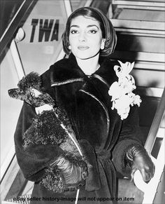 Maria Callas (I wish I could manage to look this glamorous after a flight)