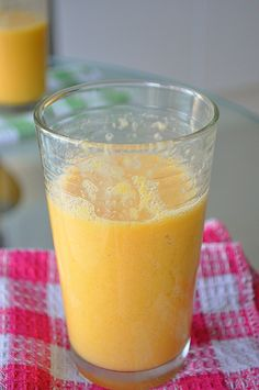Creamy Orange Smoothie  Ingredients  3 oranges half cup milk 3 ice cubes 1 or 2 tbsp honey cinnamon Instructions  Peel the oranges and cut them in big pieces. Put all the ingredients - except the ice - in the blender. Blend for about 30 seconds then stop and add the cubes of ice. Blend until smooth (1 minute or so).