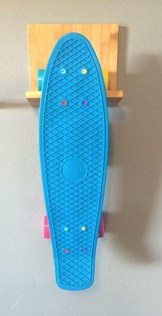 Bamboo Wood Skateboard Wall Rack Idea