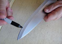 Sharpening knives via Dave Arnold