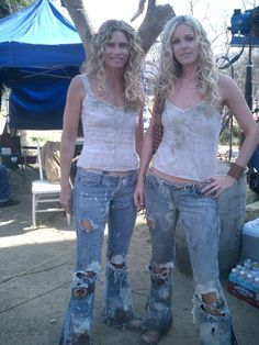 Sheri Moon Zombie with her stunt double Lesley Aletter behind the scenes on Firefly Costume, Moon Costume, Zombie Life, Rob Zombie, Zombie Baby Costumes, Cosplay Costumes, Horror Icons, Horror Art, Real Horror