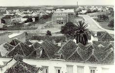 Construção do tribunal Algarve, Portugal, Nostalgia, Louvre, Building, Travel, Old Photographs, Anos 60, Paisajes