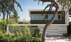 Sunlight Residence      Address:     5182 Sunlight Place, Los Angeles, CA 90016      Neighborhood:     Baldwin Hills (Baldwin Vista neighborhood)      Size:     2,650 sq. ft, including garage   3 Bed, 2 1/2 Bath