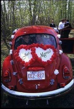 85 Pretty Wedding Car Decorations Diy Ideas Red & White Heart Wedding Cars Ideas In 2019 Perfect Wedding, Fall Wedding, Just Married Car, Bridal Car, Wedding Car Decorations, Wedding Transportation, Wedding Inspiration, Pretty, Diy Ideas