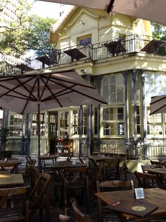 Grab an outdoor table at this 1855 Victorian-style building and beer garden near the Mercado Publico in Porto Alegre. Find more best places to watch the World Cup in Brazil: http://pin.it/V6SKWXH