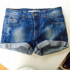 Destressed Denim Shorts Destressed denim shorts from Zara Trafaluc. 98% cotton, 2% spandex. Zara Shorts Jean Shorts