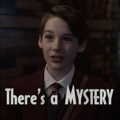 I hate the Quagimires! This kid likes Violet I think and can he please leave my son alone Baudelaire Children, Les Orphelins Baudelaire, Netflix Series, Series Movies, Book Series, A Series Of Unfortunate Events Netflix, Mysterious Events, Trials And Tribulations, Mystery Novels
