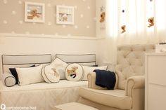 quarto de bebê bege e azul tema cachorrinho