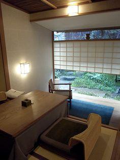 京都:俵屋旅館:◆◆食べたモノやつくったモノ◆◆:So-netブログ Modern Japanese Interior, Japanese Modern, Japanese House, Japanese Architecture, 2nd Floor, My Dream Home, Room, Home Decor, Wood