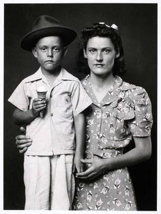 Mike Disfarmer. Heber Springs portraits, poor rural Arkansas, 1939-46
