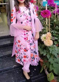 Com - Designer Dresses Short Salwar Designs, Kurta Designs Women, Kurti Designs Party Wear, New Kurti Designs, Sleeves Designs For Dresses, Dress Neck Designs, Stylish Dress Designs, Stylish Dresses, Stylish Kurtis Design