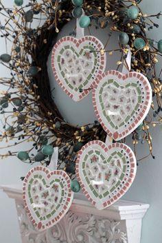 Love these broken china hearts!