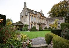 Castle House, Rental Apartments, Lovers Art, United Kingdom, Places To Go, Mansions, Architecture, Luxury, House Styles