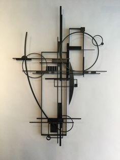 scrap metal into art Geometric Sculpture, Art Sculpture, Geometric Wall, Abstract Sculpture, Wall Sculptures, Scrap Metal Art, Metal Wall Art, Metal Art Projects, Metal Tree
