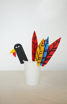 A kid-friendly craft for the Thanksgiving table.