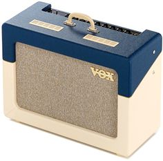 Vox AC15 C1 TV BC – nicely executed retro vibe.