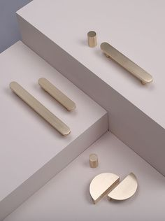 sss x park studio hardware launch sarah sherman samuel x park studio hardware collection – hardware / - Update Your Kitchen Cabinets Knobs And Handles, Brass Handles, Knobs And Pulls, Door Handles, Door Pulls, Drawer Pulls, Furniture Handles, Furniture Hardware, Two Tone Cabinets