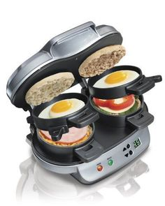 Hamilton Beach 040094923793 Dual Breakfast Sandwich Maker, Double w/Timer, Silver Forget the fast food drive-through. With the Hamilton Beach Breakfast Sandwich Maker, you can enjoy a hot, homemade breakfast sandwich in under 5 minutes. Grill Sandwich, Sandwich Toaster, Grill Panini, Kitchen Gourmet, Smitten Kitchen, Kitchen Dining, Kitchen Grill, Kitchen Ware, Updated Kitchen