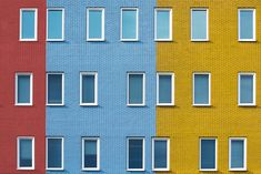 multiplicity - A convention of rectangles in different primary colors and sizes.
