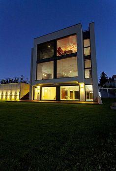 Family house by Ales Gadlina, Prague, Czech Republic