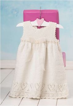 Here's yet another new English translation from Dale Garn: Baby Book 277 – a sweet collection of 13 different knitting designs for baby outfits featuring lace, textures and simple, soli…