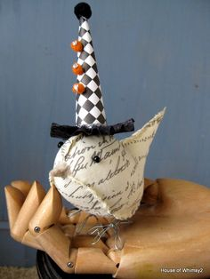House of Whimsy: Halloween Crafts Through the Years ~ So much inspiration in one place.