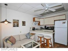JUST LISTED ON #FORTMYERSBEACH!  206 Hibiscus DR FORT MYERS BEACH, FL 33931 #REALESTATE #CENTURY21 #POWERAGENT  Bedrooms: 3 Bathrooms: 2.0 Total Square Footage: 2,786 http://www.c21tripower.com/property/17953670/215028640/206