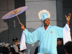 Metta World Peace wants to be a weatherman.