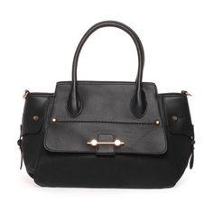 La Modeuse ♥ ce #sac à main ! Et en plus à moins 50%, on n'hésite plus !  #soldes #solde #sale #haul #shopping #lamodeuse #mode #blogueuse #blogueusemode #fauxcuir #sacamain #clous